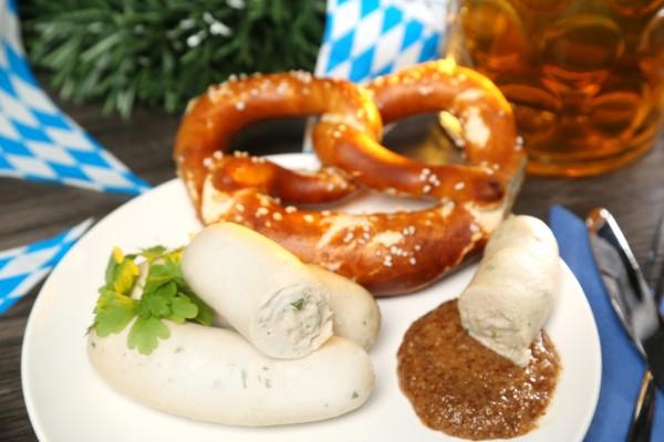 Wiesswurstfrühstück im Grohnder Fährhaus