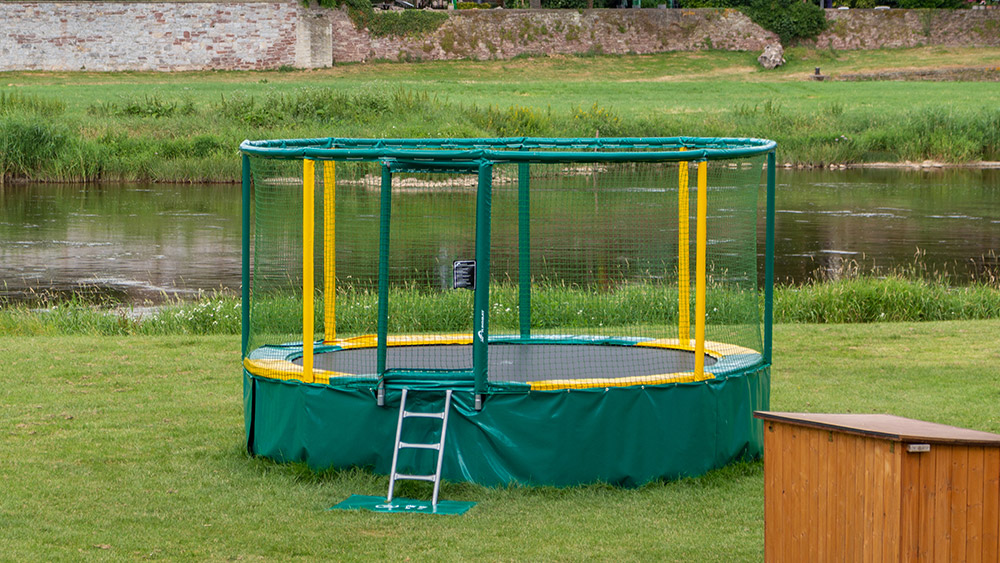 Kinder Trampolin in Grohnde an der Weser